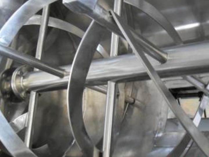 单锥真空干燥机的锥螺部件